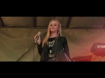 KERI - Очі України (live, Rulada cover)